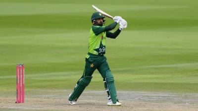 Mohammad Hafeez makes history in the T20 International Cricket