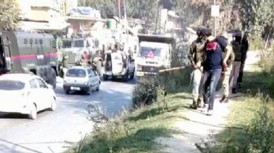 Indian Military troops torture 3 journalists in Occupied Kashmir