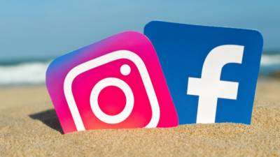 Facebook and Instagram faces global outage including Pakistan