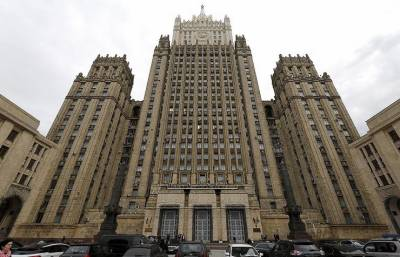 Russia stands against US over Iran sanctions