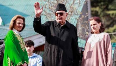 Kashmiris would like to be rules by China than be a part of India, claims former CM Farooq Abdullah