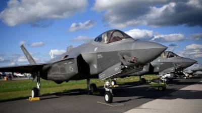 Air Force F - 35 fighter jet crashes during air to air refuelling