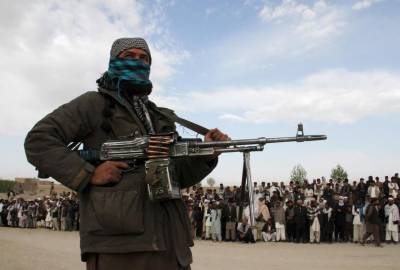 NATO warns Afghan Taliban against taking control of country