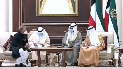 Pakistani President Arif Alvi met Emir of Kuwait Sheikh Nawaf Al Ahmed in Kuwait City