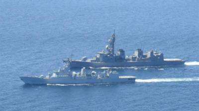 Pakistan Navy helps exercise with Japanese Self defence force ships in Gulf