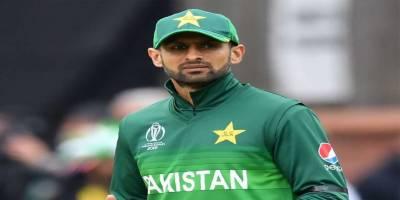 Shoaib Malik makes history in the T20 Cricket