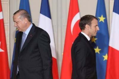 Turkey - France relations deteriorate drastically after Tayyip Erdogan recommends mental checkup for French President