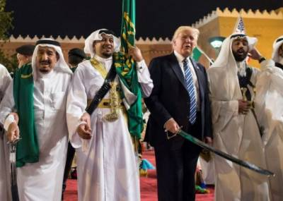 Saudi King makes important demand from US President against arch rival Iran