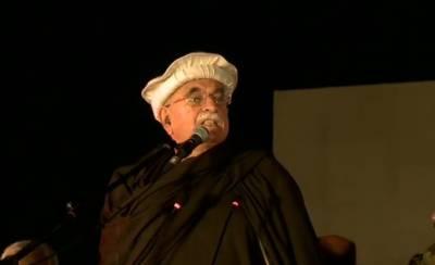 Disgruntled Mehmood Khan Achakzai accuses Lahories of siding with Hindus against Afghan Muslims