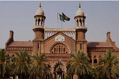 CCPO Lahore Umar Skeikh in hot waters from lHC yet again