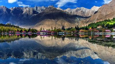 Pakistan tourism sector to make a comeback in year 2021: report