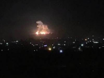Israeli military makes night raids in neighbouring Muslim country killing several soldiers