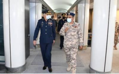 PAF Chief held important meetings with top Qatari Military leadership in Doha