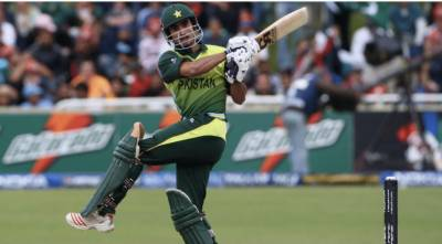 Former Pakistani player accepts challenge to improve Pakistani cricket batting and fielding issues