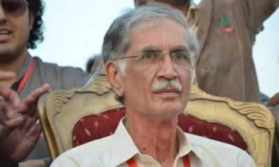 Defence Minister Pervaiz Khattak vowed to overthrow PM Khan government in a day?