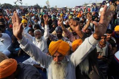 Indian farmers continue agriculture laws protests on 82nd day
