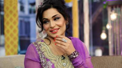 Pakistani film star Meera has been admitted in mental health facility in US
