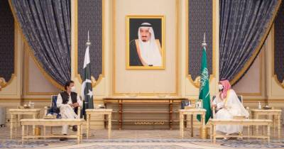 Pakistan and Saudi Arabia sign multiple agreements to boost bilateral relations