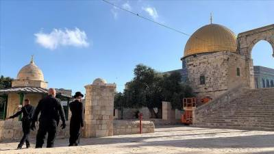 More than 200 Israelis stormed Al Aqsa mosque compound in Jerusalem