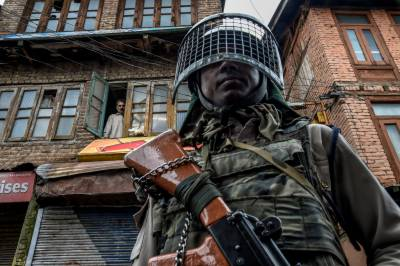 State Terrorism: Indian troops martyred 5 Kashmiri youth in fake encounter