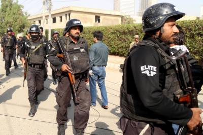 Chinese nationals car came under target killing in Karachi
