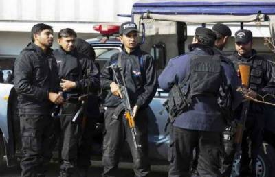 CTD arrested 4 terrorists of banned outfit from Lahore along with huge cache of arms